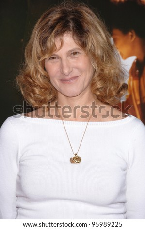 """Sony Pictures boss AMY PASCAL at the world premiere of """"The Pursuit of Happyness"""" at the Mann Village Theatre, Westwood. December 7, 2006  Los Angeles, CA Picture: Paul Smith / Featureflash - stock photo"""