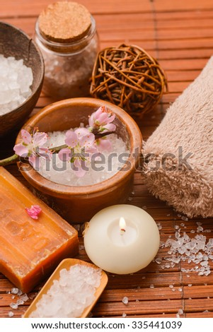 SPA set on mat with pile of salt