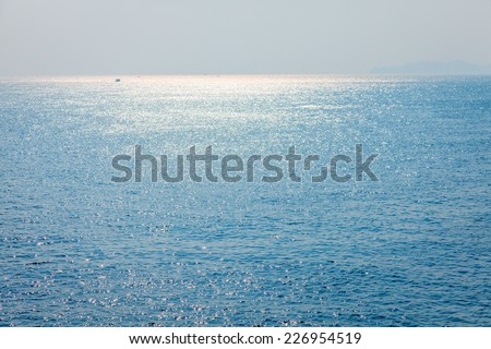 Sparking Ocean in afternoon