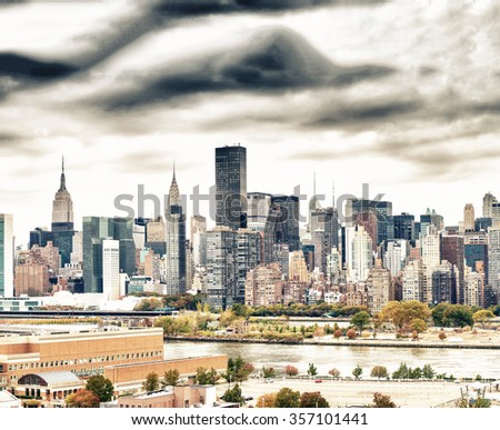 Spectacular view of Midtown Manhattan from Queens, New York.