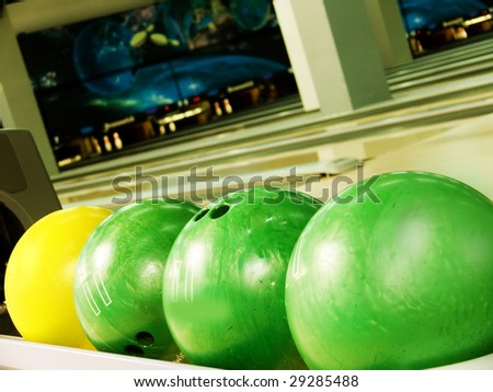Spheres for bowling