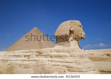 Sphinx and Pyramid of pharaoh Cheops. Giza in Egypt.
