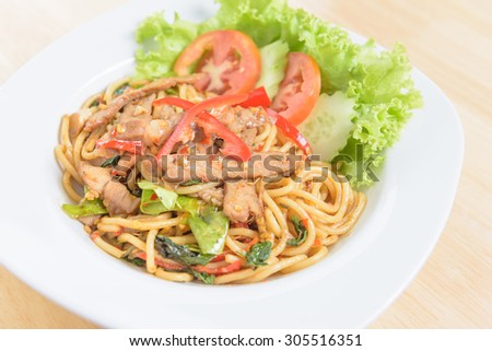 spicy spagetti with roast pork