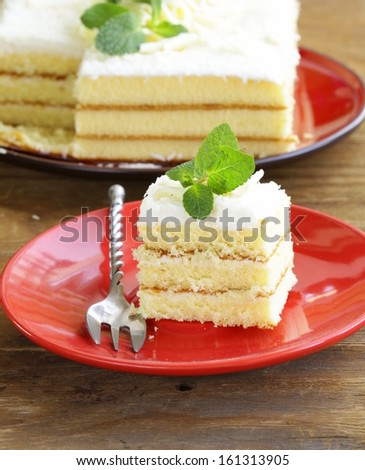 sponge cake with white chocolate and coconut