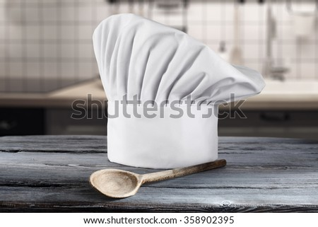 spoon of wood and cook hat