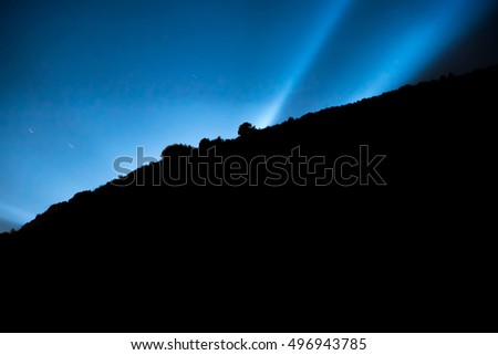 Spotlights in the darkness of the slope