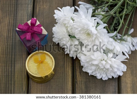 Spring flowers and gift box for March 8, International Women day, Birthday or Mothers day
