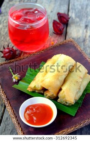 Spring Roll Asian Style with Roselle juice