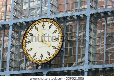 ST PANCRAS RAILWAY STATION LONDON  ENGLAND 2 May  2015:  Large Clock in station - stock photo