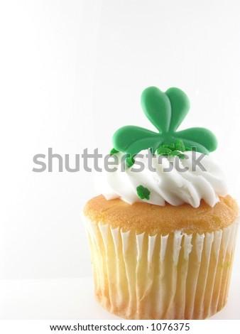 St. patricks day cup cake - stock photo