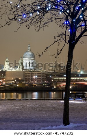 St. Pauls Cathedral in the snow - stock photo