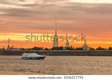 St. Petersburg, the sunset on the Neva
