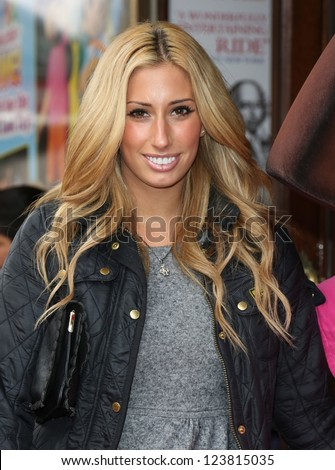 Stacey Solomon arriving for the Celebrity & Press Performance of Nickelodeon's Dora the Explorer at the Apollo Theatre, London. 29/08/2012 Picture by: Henry Harris - stock photo