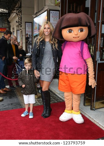 Stacey Solomon with her son Zachery arriving for the Celebrity & Press Performance of Nickelodeon's Dora the Explorer at the Apollo Theatre, London. 29/08/2012 Picture by: Henry Harris - stock photo