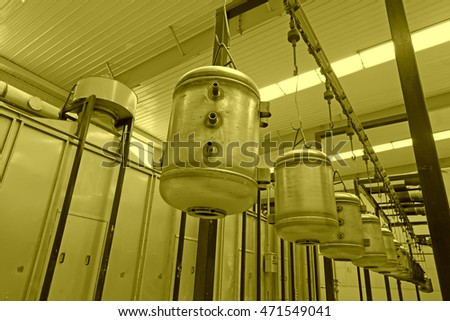 Stainless steel pressure water tank in the drive device in a factory