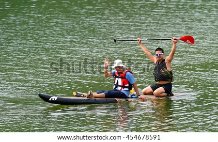 Stand Up Paddle Boarding on the Cam Son lake - Bac Giang, Viet Nam 2016, relax on the weeken.