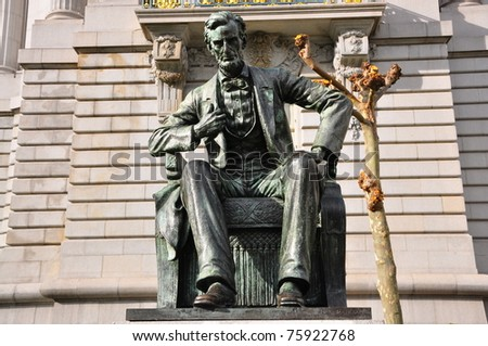 Statue of Abraham Lincoln - stock photo