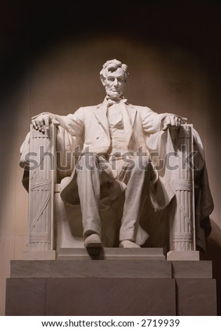 Statue of Abraham Lincoln at the Lincoln Memorial by Night