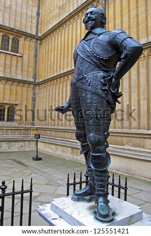 Statue of William Herbert, Bodleian Library, Oxford, United Kingdom. William Herbert (1580-1630) was 3rd Earl of Pembroke. In 1624 Pembroke College was renamed after him. - stock photo