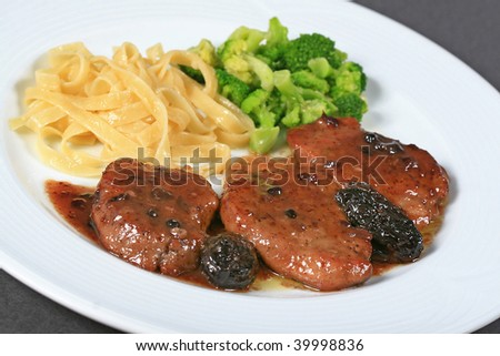steak and pasta with broccoli