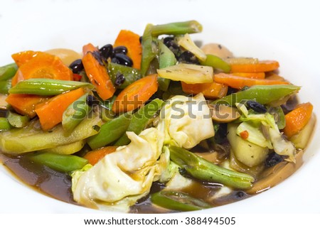steamed vegetables in soy sauce