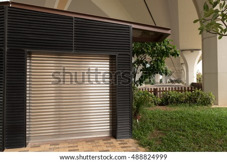 Steel sliding door, metal sheet texture