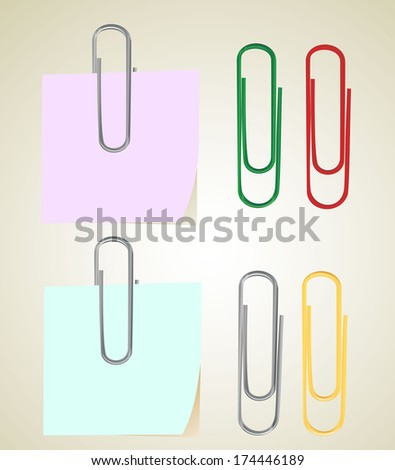 sticky note with paper clip - stock photo