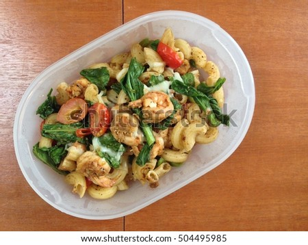 Stir fried macaroni with prawn, tomato cherry & mustard leaf in lunch box