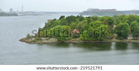 Stockholm archipelago is largest archipelago in Sweden, and second-largest archipelago in Baltic Sea. Archipelago extends from Stockholm roughly 60 kilometres (37 mi) to east - stock photo