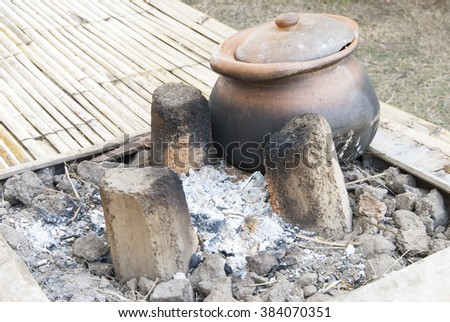 Stove and clay pot