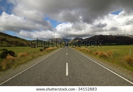 straight road in new zealand