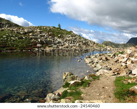 Stroll in images on the lakes of red earth (ground) and the decline of Druo, in the department of the Maritime Alps, France