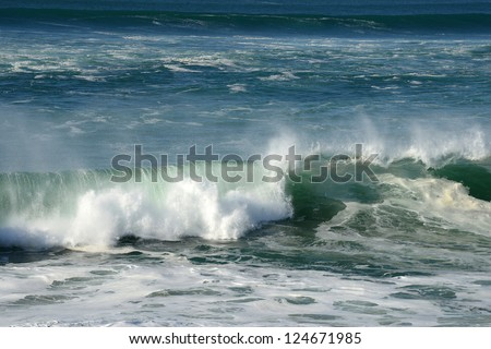 strong wave at 2 meter size