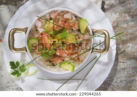 Submission of a second gastronomic dish of white rice with shrimp and zucchini