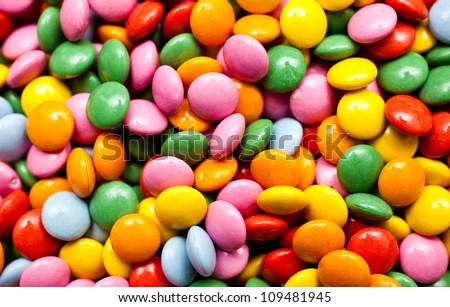 Sugar coated chocolate buttons