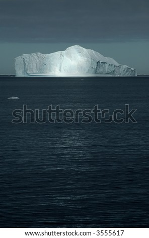 Sunbeam on iceberg