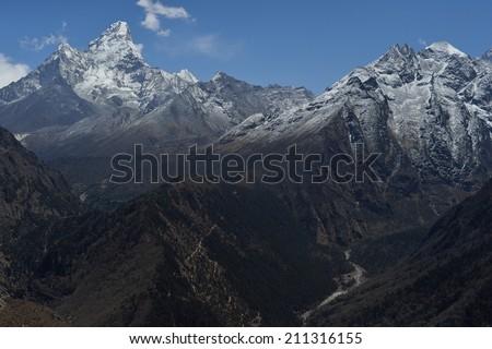Sunny day,on the way to Gokyo ri,Himalaya range,Everest,Nepal - stock photo