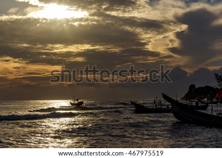 Sunrise and sunset The lifestyle of fishermen and fishing boat angle of sky and sea