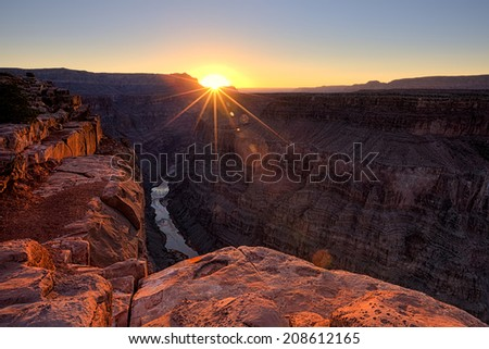 sunrise at Toroweap Overlook