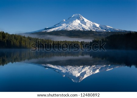 Sunrise at trillium lake mount hood oregon - stock photo