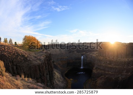 Sunrise On Palouse Falls