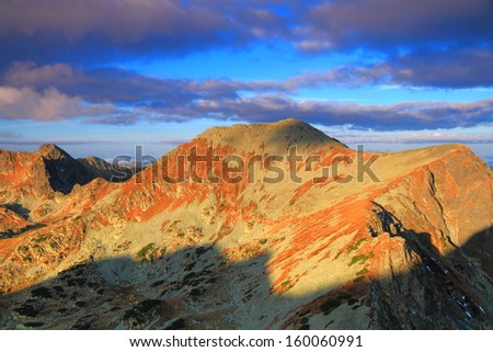 Sunrise over the mountains in autumn