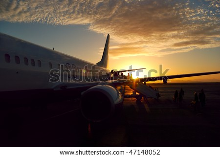 sunset aircraft boarding