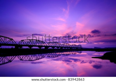 Sunset between the two bridges in Taiwan