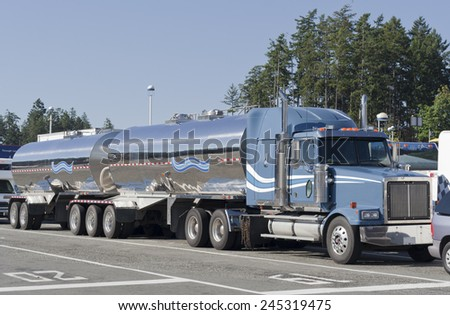 SWARTZ BAY, CANADA - AUGUST 4, 2005: Truck waiting for Ferry in Swartz Bay, Vancouver Island, British Columbia, Canada. - stock photo