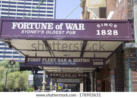 SYDNEY, AUSTRALIA-December 19th 2913: The Fortune of War pub in The Rocks district. The pub is the oldest in Sydney and has been operating since 1828. - stock photo
