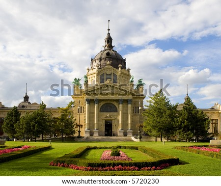 Szechenyii spa, Hero's square – Városliget - stock photo