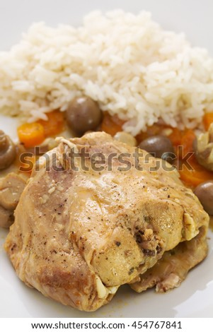 tabbit stew with boiled rice