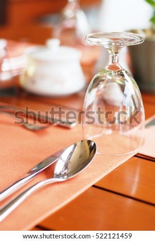 Table setting, Europe style