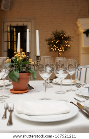 Table setting in an expensive restaurant